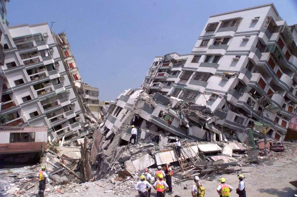 專利商標申請案,因大地震等天災造成遲誤法定期間者,得申請回復原狀